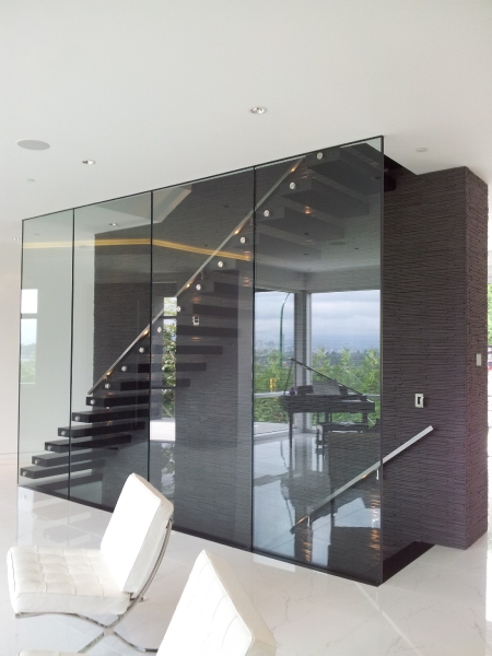 Glass and Cantilever